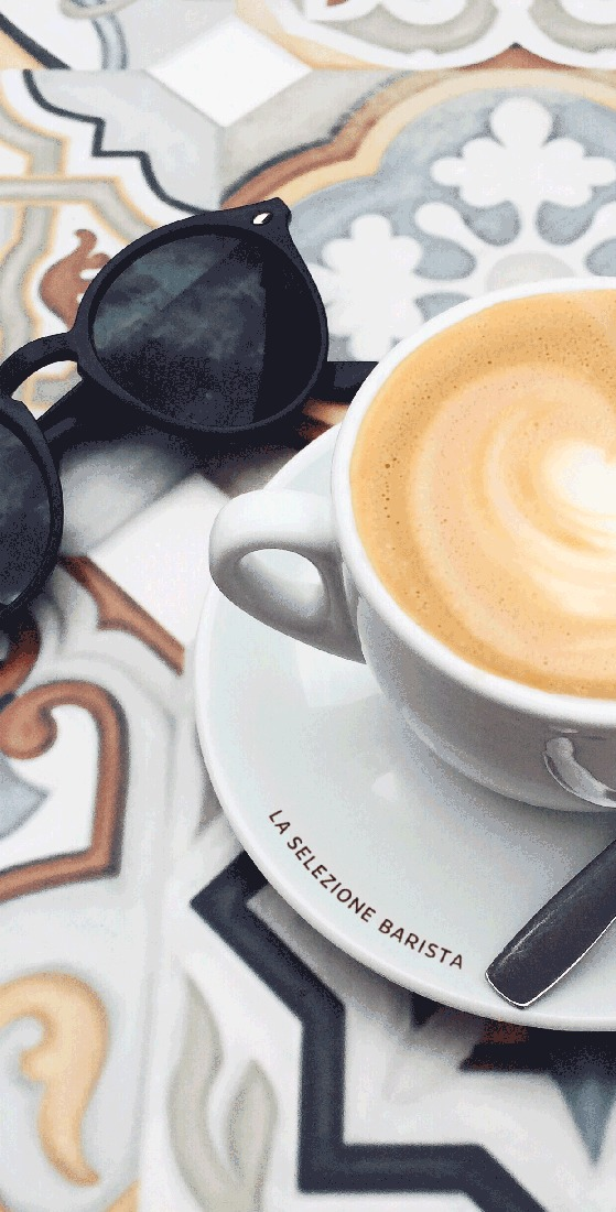 piacetto coffee with sunglasses