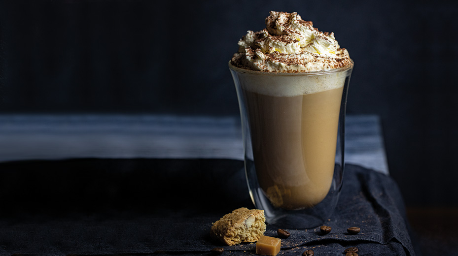 Caramel latte with amaretto whip